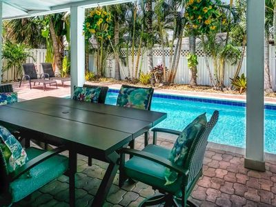 Photo for Lighthouse Place: Single Family Pool Home - Private pool and yard in quiet area - Pets Allowed - Lig