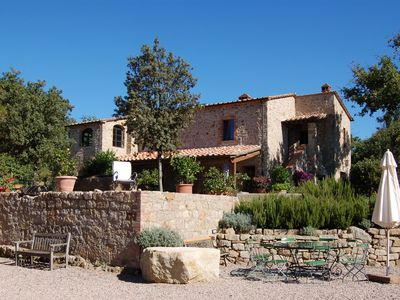 Photo for Tuscan podere, main house, pool, dogs welcome,