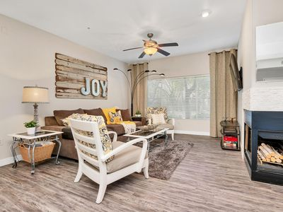 Photo for Tasteful Getaway In Tranquil Tempe
