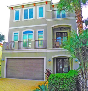 """Photo for """"Destiny Palms""""... Beach House...6 Bedrooms...40 Steps to the Beach.."""