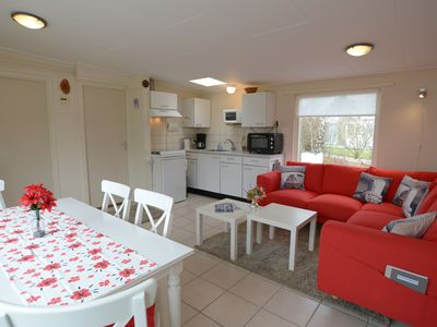 Photo for 6 people Bungalow, wifi, lots of privacy, near beach in quiet park
