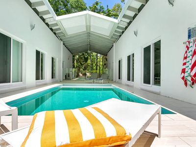 Photo for Pavilions in the Palms  Heated Pool Short Path To Beach Five Bedrooms Sleeps 12