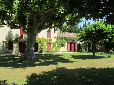 Photo for Provencal farmhouse with swimming pool, near Avignon, Isles sur Sorgues and Mont Ventoux