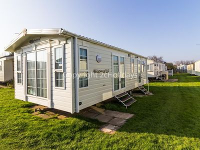 Photo for Luxury 6 berth caravan for hire by the beach in Norfolk ref 50030H