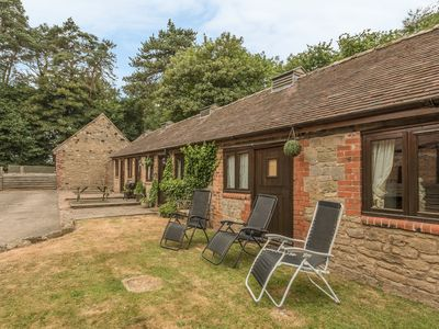 Photo for SPINNEY RETREAT, pet friendly, with pool in Cardington, Ref 1191