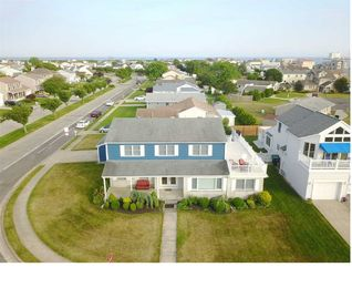 Large 4 Bedroom Home Big Yard - Best Beaches and Atlantic City Minutes Away