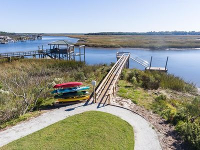"""Photo for Luxury """"Resort Style Living"""" Apartment on Ashley River with beautiful views"""