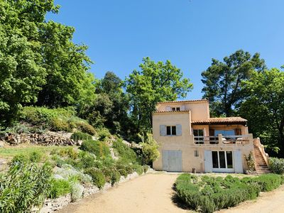 Photo for Provencal house, quiet and nature near Aix en Provence