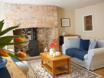 Photo for Blue House: Sleeps 5. Spacious & Central