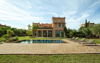 Photo for Samanah Luxury Villa with Private Pool and Golf