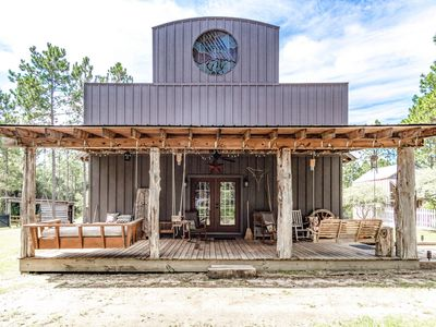 Photo for 3BR Cabin Vacation Rental in Laurel Hill, Florida