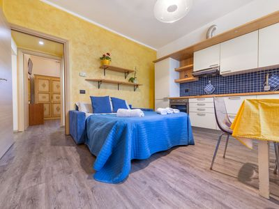 Photo for Apartment for 4 persons in Residence