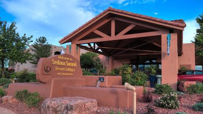 Photo for Beautiful desert villas with resort amenities - no additional fees!