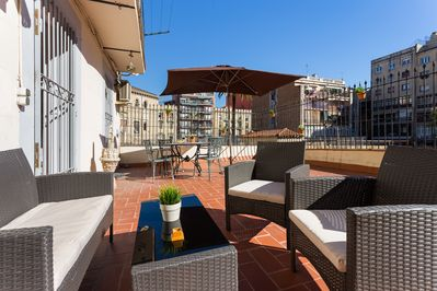 Beautiful sunny terrace, perfect for al fresco dining!