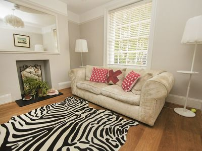 Photo for Pelham Boutique House: 2 bedroom, sleeps 5, centrally located, garden, pets allowed, wifi