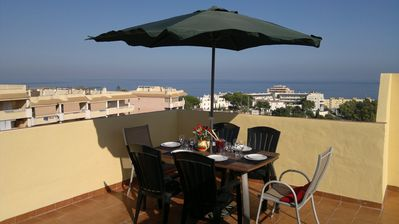 Photo for Luxury penthouse Private rooftop terrace BBQ Free wi-fi Sat A/C Ideal location