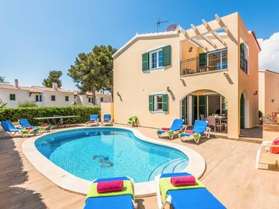 Photo for Villa Alicia - modern villa with pool, Wi-Fi, A/C & ping-pong in great location!