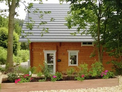 Photo for Detached wooden holiday house with sauna and garden close to Winterberg