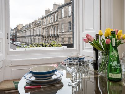 Photo for Bright City Centre Flat, Smart Deco, 3 mins from Princes Street!