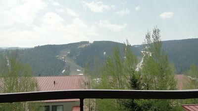 Photo for Spacious 1 Bedroom Condo in Ski Run - Only a 5 Minute Walk to the Slopes!