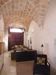 Photo for Spacious Townhouse 200m From Piazza