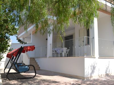 Photo for Apartment with garden and parking 150 meters from the sea