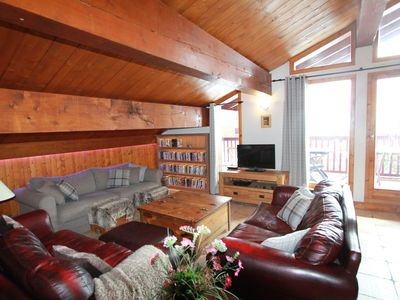 Photo for Arc 2000 Luxury Penthouse Jacuzzi Spectacular Balcony 100m to ski lift/schools