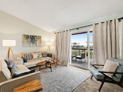 Photo for Cozy, dog-friendly home w/ a large, furnished deck & Gulf views