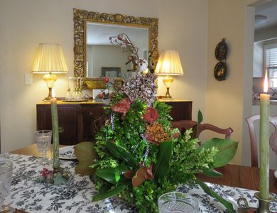 Thanksgiving Holiday Table Setting