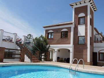 Casa Mya is a fantastic detached house with a private swimming pool.