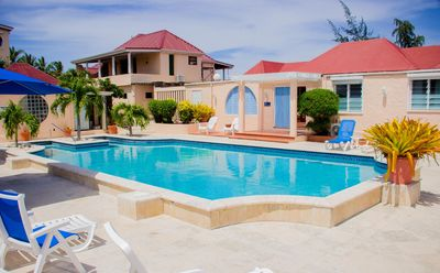 Well maintained onsite swimming pool