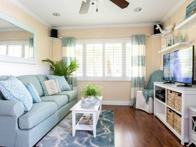 Seaside Sanctuary Sleeps 2, 2 Mi to Beach, Dog OK