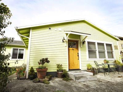 Photo for Clean Modern 2-Bedroom Cottage in SE Portland Near SE 17th & Holgate MAX Stop