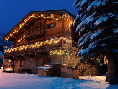 Photo for Four star luxury traditional 5 bedroom chalet with sauna & hot tub sleeps 10