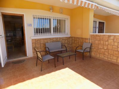 Photo for Two bedroom ground floor apartment, with aircon, communal swimming pool, tennis.
