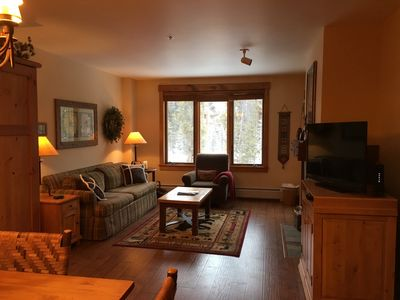 Photo for Gondola Base - Feels like 2 bedroom, King, 800 sq ft, 2 bath, Murphy Bed