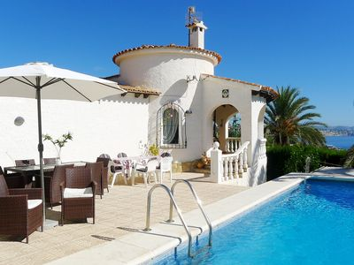 Photo for This 3-bedroom villa for up to 6 guests is located in Calpe and has a private swimming pool, air-con