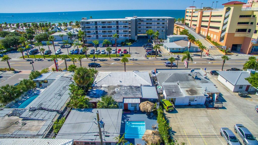 Seaspray South Clearwater Beach Private Compound Vacation Resort ...