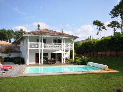 Photo for Villa Atlantique Coloniale: For 10-12P, heated 10m pool, 450m to the beach