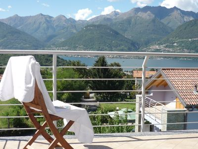 Photo for Apartment with view and shared swimming pool