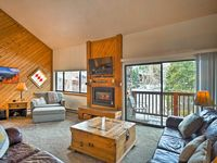 Clean property, easy access to the slopes and owner is quick to respond.