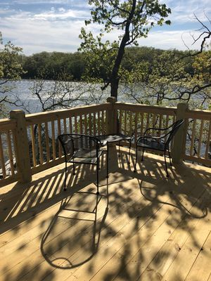 Photo for Lakefront Cottage Close To Everything The Lake Has To Offer. Sleeps 8.