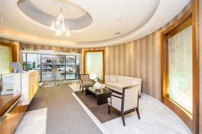 Family Friendly 2 Bedroom 2 Bath Condo in the best area of downtown Toronto  - Yorkville - Old Toronto
