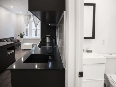 Photo for Beautiful 2 bdr apartment in OLD MTL!