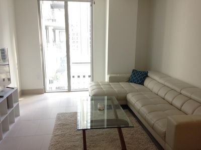 Luxury high rise 1BR in brickell