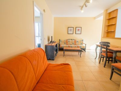 Photo for Cozy apartment near the sea with wifi and pool