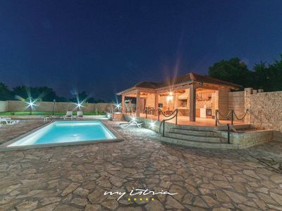 Photo for Nice villa with private pool near Zadar