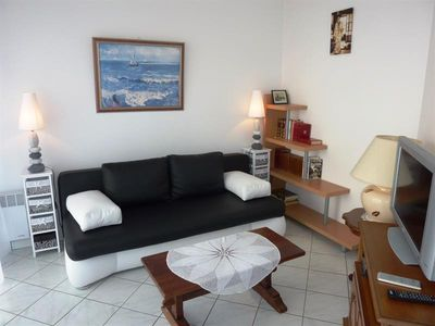 Photo for At 50 m from the beach in residence with swimming pool, apartment T2 for 4 people with WIFI.