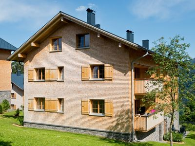 Photo for Luxury 4-person apartment in the holiday park Landal Brandnertal - in the mountains/rolling countryside