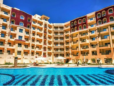 (G)One-bedroom apartment on the Red Sea in Hurghada with pool and beach